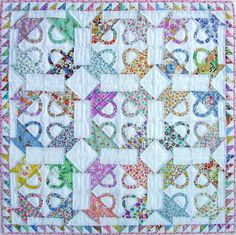 Hand Quilting Designs from Vintage Embroidery Transfers Hand Quilting Designs, Quilting Projects, Sewing Projects, Quilting Tutorials, Quilting Ideas, Quilt Festival, Scrappy Quilts, Mini Quilts, Crib Quilts