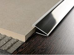 Glossy steel edge profile for floors PROPRESS 712