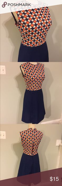 """Vintage 60's Dress Great retro 60's dress.Nice vintage condition.Zip back.no tags.There is a pull in the fabrics I Back & a small stain under one arm (seen in last photo)Bust 36""""waist  25"""" length 36"""" Vintage Dresses"""