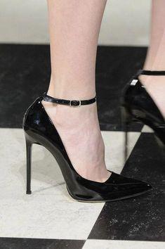 #highheelbootslingerie | Dreams | Heels, Cool high heels ...