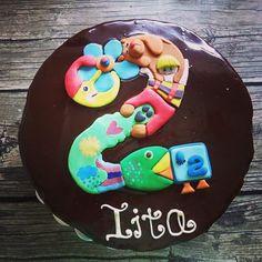 Hanna Nevantaustan Instagramista               Iitan kakku <3 #pikkukakkonen #suklaakakku #suklaa #kaksi #chocolate #cake