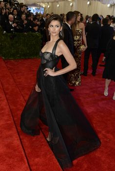 Nina Dobrev In Monique Lhuillier Met Gala 2013 Red Carpet Arrivals