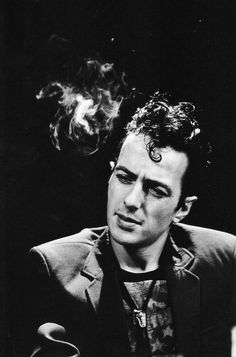 Joe Strummer, Paris (1981). Pretty sure I've already pinned this. Don't really care.