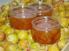 Confiture de mirabelles 1Kg de mirabelles denoyautées 500g de sucre a confiture  1 jus de citron