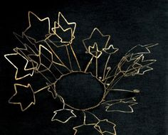 "Crown | Alexander Calder. ""Leaves"".  Brass wire.  ca. 1940. || Photo Credit: Calder Foundation, New York"