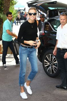 Karlie Kloss Airport Photos: See What the Model Wore to Fly to the Cannes Film Festival