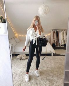 Girls Fashion Clothes, Winter Fashion Outfits, Look Fashion, Really Cute Outfits, Cute Casual Outfits, Mode Für Teenies, Cute Outfits With Leggings, Looks Pinterest, Classy Casual