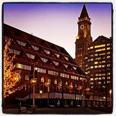I love the Marriott Long Wharf Hotel in Boston! They shine as a destination for these events. #Culturazzi Photo: Courtesy of Marriott