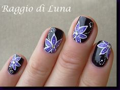 Raggio di Luna Nails: Purple flower on night purple