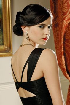 Eva Green.  she's a pretty amazing actress, one of my faves. =)