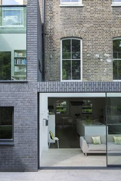 Brick and windows and outdoor space - Alwyne Place by Lipton Plant Architects Brick Architecture, Residential Architecture, Architecture Details, Interior Architecture, Architecture Awards, Extension Veranda, Brick Extension, Extension Ideas, Arquitetura