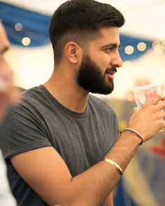 Hair styles men with beard ideas Beard Styles For Men, Hair And Beard Styles, Short Hair Styles, Mens Hairstyles With Beard, Haircuts For Men, Bart Design, Beard Suit, Gents Hair Style, Beard Haircut