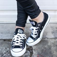 Black Converse — piezloves: There will never be a more versatile. Hand In Hand, Black Converse, Chuck Taylor Sneakers, Chuck Taylors, All Star, Shoes, Fashion, Creature Comforts, Women's Converse Shoes