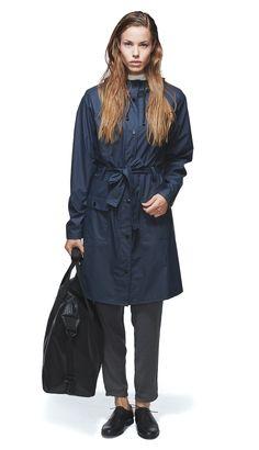 Rains Curve Jacket in Navy Blue Classic Trench Coat, Fashion Designer, Rain Wear, Danish Design, Classic Looks, Rain Jacket, Windbreaker, Raincoat, Street Style