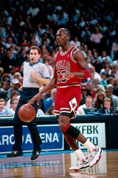 "Flashback // Michael Jordan in the Air Jordan IV ""Fire Red"""