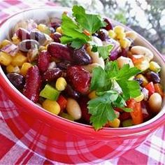 Mexicaanse bonensalade met paprika en maïs @ allrecipes.nl
