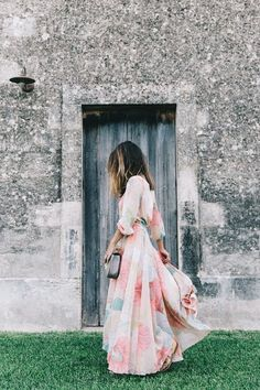 Long_Dress-ChicWish-Floral_Print-Lace_Up_Sandals-Chloe_Girls-Outfit_Street_Style-Naturalis_Bio_Resort-2 The Best of summer fashion in 2017.