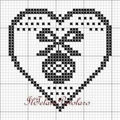 schemi vari - gratuti (free - Her Crochet Thread Crochet, Filet Crochet, Crochet Doilies, Crochet Chart, Xmas Cross Stitch, Cross Stitch Heart, Cross Stitch Embroidery, Hand Embroidery, Crochet Hearts