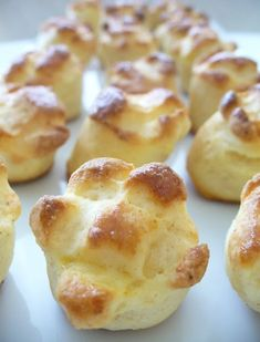 Winter Food, Pretzel Bites, French Toast, Healthy Living, Bakery, Muffin, Food And Drink, Bread, Cookies