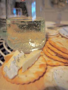 Rentoa joulunodotusta!   #joulu #joulunodotus Dairy, Pudding, Cheese, Desserts, Food, Tailgate Desserts, Deserts, Eten, Puddings