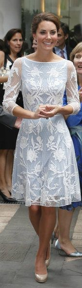 This is stunning! I wonder what Kate's yearly clothes budget is (if it could be put down on paper), now that she's all royalty and stuff.