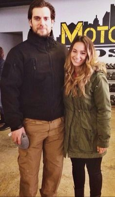 Marissa met Henry Cavill in Detroit & has now shared a few details w/us. You will love! #SoNice #Superman http://www.henrycavillnews.com/2014/02/henry-cavill-spotted-in-detroit.html?m=1
