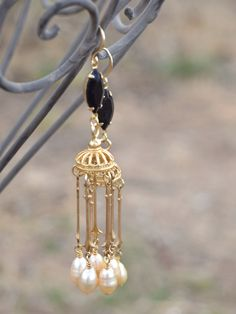 Beautiful long gold freshwater pearl chandelier earrings will look awesome with any style. These long earrings are elegant and edgy, with an ancient feel. Pearl Drop Earrings, Beaded Earrings, Gold Earrings, Beaded Jewelry, Pearl Chandelier, Chandelier Earrings, Bohemian Rings, Bohemian Jewelry, Victorian Steampunk
