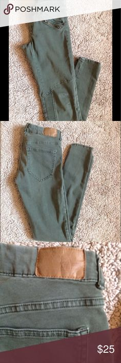 Skinny Jeans Army Green Skinny Jeans.  These jeans fit great and are stretchy.  Ankle length and Very comfortable! Divided Jeans Skinny
