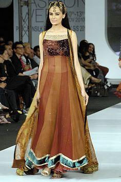 dress by sobia nazeer