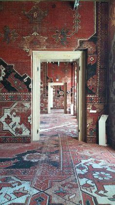 Venice: Rudolf Stingel at Palazzo Grassi Interior Architecture, Interior And Exterior, Rudolf Stingel, Interior Inspiration, Design Inspiration, Upholstered Walls, Ivy House, Vintage Design, Of Wallpaper