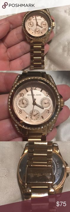 Michael Kors Rose Gold watch Beautiful watch. Needs batteries. Normal wear as shown in pictures. GUC. Perfect for someone with small wrists! Some links have been taken out. Michael Kors Accessories Watches