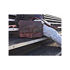 Wie findet ihr unseren H E R B E R T?  oder  | http://ift.tt/2uOOXSF #stadthimmel #dienstag #tuesdays #august #herbert #hamburg #tasche #hh #wearehamburg #welovehh #deutschland #modeblogger_de #fashionblogger_de #blogger_de #sonne #feierabend #diewocheaufinstagram #vintagestyle #sommerferien #vintagelove #musthave #handcrafted #streetstyle #urbanadventures #braun #ethicalfashion #fashionlove #supportyourlocal #hallo
