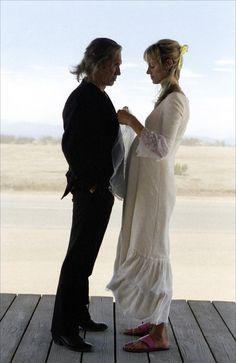 Kill Bill, Volume 2 ----Uma Thurman(r) and David Carradine (Irony, for Sybil Danning.She is a friend of David Carradine). Quentin Tarantino, Tarantino Films, Mia Wallace, Uma Thurman, Emma Peel, Pulp Fiction, Kill Bill 2, Wedding Movies, Film Inspiration