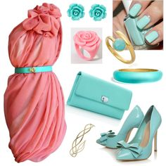 Love the dress with the belt, but the rest of the accessories are just a little too matchy...
