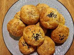 tyropitakia me 4 ylik; Muffin, Favorite Recipes, Cooking, Breakfast, Food, Kitchen, Morning Coffee, Essen, Muffins