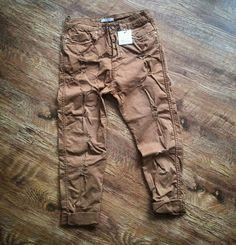Pantalone con strappi - BERNA
