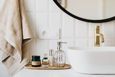 8 Decor Trends for Bathrooms in 2021 Design Marocain, Epoxy Grout, Grouting Tile, Tile Care, Mold In Bathroom, Narrow Bathroom, Bathroom Cleaning, Bathroom Remodeling, Get Rid Of Mold