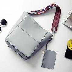 7679c1bcba46 52 Best pu leather handbags images