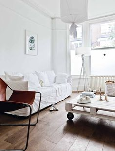 My home in the gorgeous MILK DECORATION | BODIE and FOU★ Le Blog: Inspiring Interior Design blog by two French sisters