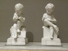 Child sketching and child reading, hard paste biscuit porcelain made in Paris by Dihl et Guerhard, ca. 1795