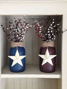 These beautiful primitive-style jars are crackle painted on the outside in your choice of Navy or Burgundy. Burlap wrapped around the neck of the jar, an ivory barn star, and berries of blue, ivory…More Mason Jar Projects, Mason Jar Crafts, Bottle Crafts, Country Crafts, Country Decor, Americana Crafts, Americana Decorations, Rustic Americana Decor, Americana Kitchen