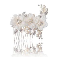 Alan Hannah Devoted Sophia freshwater pearl hair comb- at Debenhams Mobile Wedding Accessories, Hair Accessories, Wedding Jewelry, Wedding Hair, Wedding Attire, Dream Wedding, Bridal Beauty, Hair Comb, Jewelry Sets