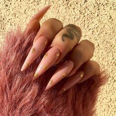 62 Best Acrylic Coffin Nails Ideas In 2019 - Nail Art Connect Nail Ideas nail ideas march 2019 Blue Stiletto Nails, Edgy Nails, Aycrlic Nails, Coffin Nails Long, Stylish Nails, Hair And Nails, Nail Nail, Grunge Nails, Art Halloween