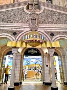 Universal Studios Singapore Tips, Navigating your way inside Universal Studios Singapore, How to get to Universal Studios Singapore, Best rides in USS Singapore Guide, Singapore Travel, Universal Studios Singapore, Trip Planning, 2020 Vision, Travelling, Sailing, Alice