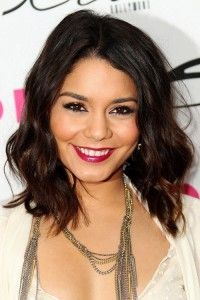 50 Hottest Women Hairstyles for Medium Hair 2013 Pictures.  Might as well pin this since my hair is taking FOREVER to grow out :/