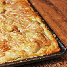 Apple Slab Pie has a flaky crust, tender apples and warm spices. This handheld pie is in slab form so you get more flaky crust in each bite!