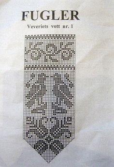bird chart for Norwegian mittens Love Knitting, Norwegian Knitting, Fair Isle Knitting, Knitting Socks, Filet Crochet Charts, Crochet Borders, Knitting Charts, Knitting Patterns Free, Knitted Mittens Pattern