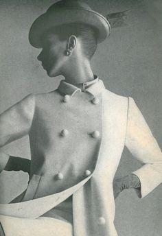 Wilhelmina, U. Vogue, July photographed by Irving Penn Irving Penn, Diana Vreeland, 1960s Fashion, Fashion Vintage, Vintage Fashion Photography, Classic Outfits, Classic Style, Vogue Magazine, Vintage Outfits