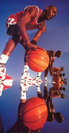 Michael Jordan Wearing the 'Carmine' Air Jordan 6 Michael Jordan Art, Michael Jordan Pictures, Michael Jordan Basketball, Bedroom Wall Collage, Photo Wall Collage, Picture Wall, Ar Jordan, 00s Mode, Urbane Fotografie