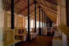 The Sri Lankan architect, whose style 'Tropical Modernism' has been a huge influence on Far Eastern architecture and, by now, on anywhere . Sri Lankan Architecture, Tropical Architecture, School Architecture, Architecture Design, Bamboo Roof, Outdoor Cafe, Modern Tropical, Interesting Buildings, Village Houses